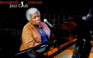 Louise-Rose-at-Hermanns-Jazz-Club-Victoria-BC-Canada-8